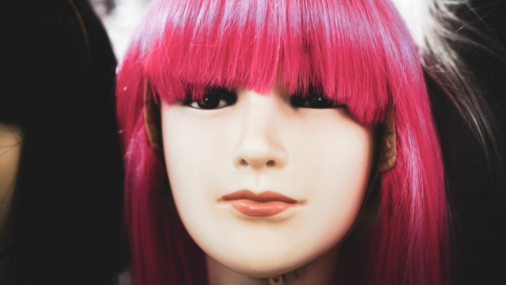 A Beginner\'s Guide to Dying Your Synthetic Wig at Home ...